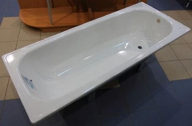 Какая всё-таки ванна лучше: акриловая или стальная